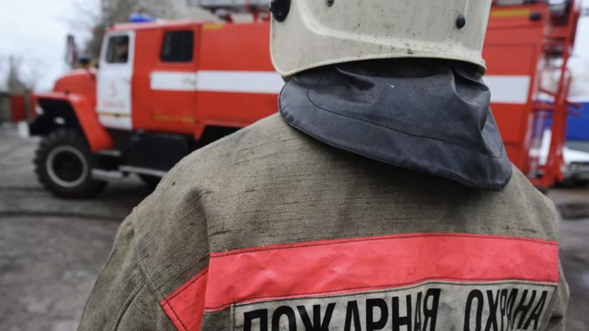 При пожаре на Невской мануфактуре в Петербурге пострадали два человека