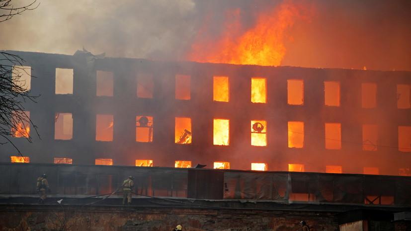 Беглов призвал восстановить сгоревшее здание «Невской мануфактуры»