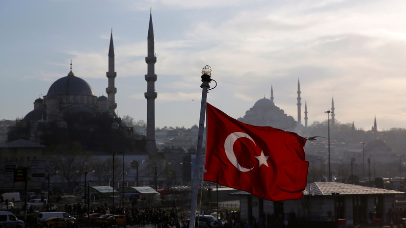 Турецкая прокуратура требует ареста адмирала за письмо в защиту конвенции Монтрё
