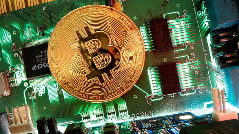 Цифровой ажиотаж: курс биткоина впервые превысил $63 тысячи