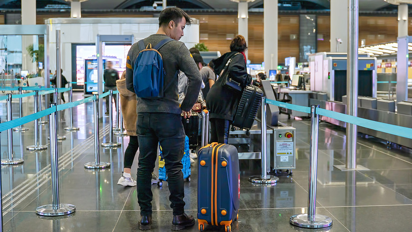 «Отслеживаем ситуацию»: в Турции и Танзании после ограничения авиасообщения находятся около 45 тысяч туристов из России