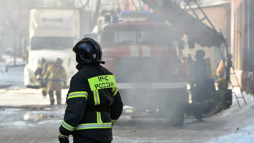 Путин наградил орденами Мужества пожарных в связи с ЧП в Невской мануфактуре
