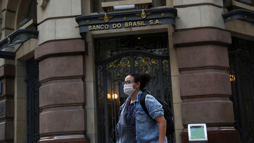 В Бразилии за сутки выявили более 73 тысяч случаев коронавируса