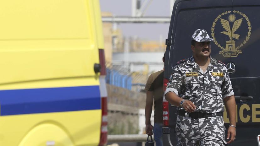 При сходе поезда с рельсов в Египте пострадали 15 человек