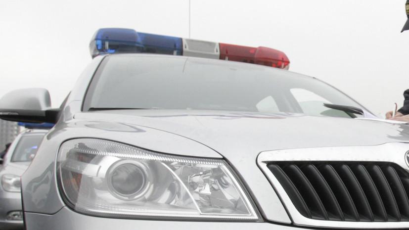 В Тбилиси мужчина взял в заложники людей в банке