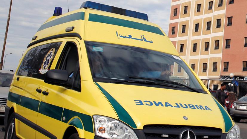 В Египте восемь человек погибли в результате схода с рельсов поезда