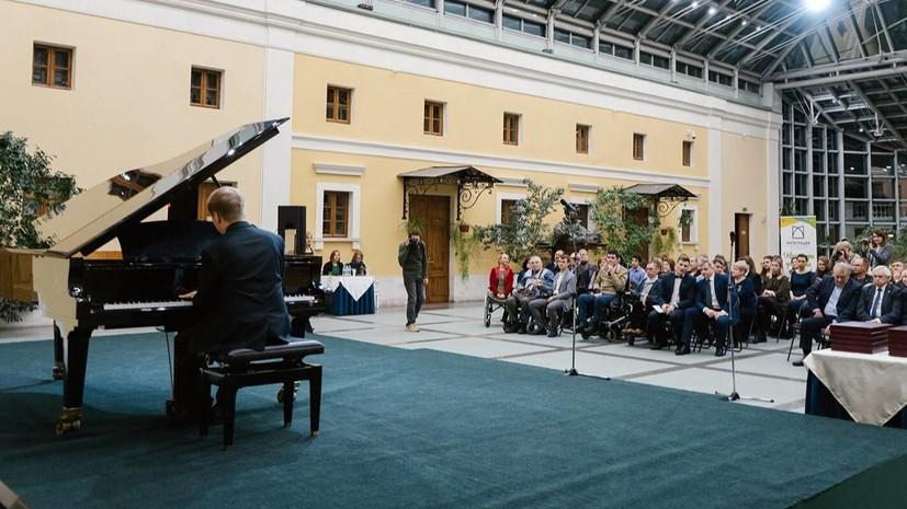 В Москве продлён срок приёма заявок на премию имени Н. Островского
