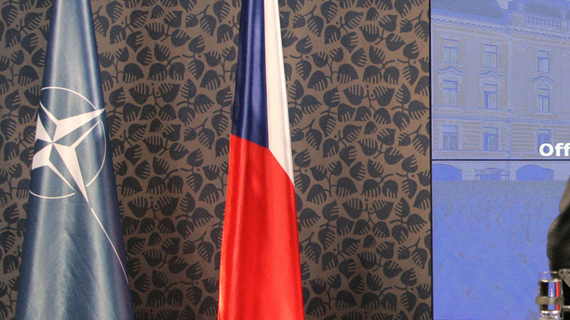 Чехия запросила новую встречу НАТО для обсуждения шагов в адрес России