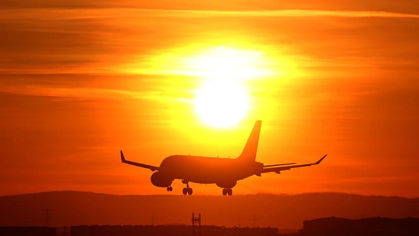 Канада приостанавливает авиасообщение с Индией и Пакистаном