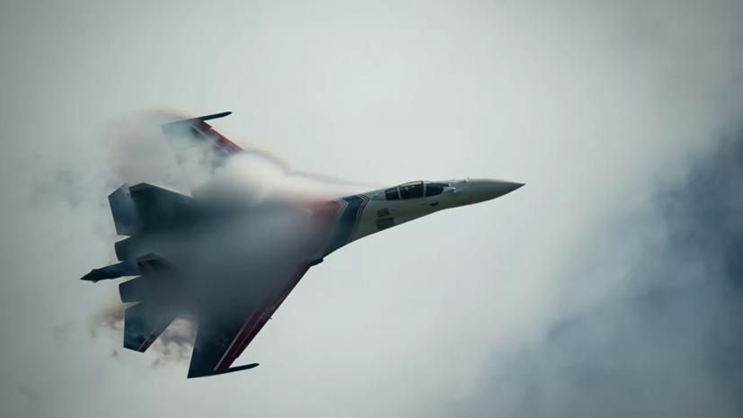 В Хабаровске провели первую тренировку авиации ВВО перед 9 Мая
