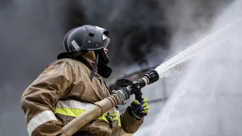 Пожар на мебельной фабрике в Иркутской области