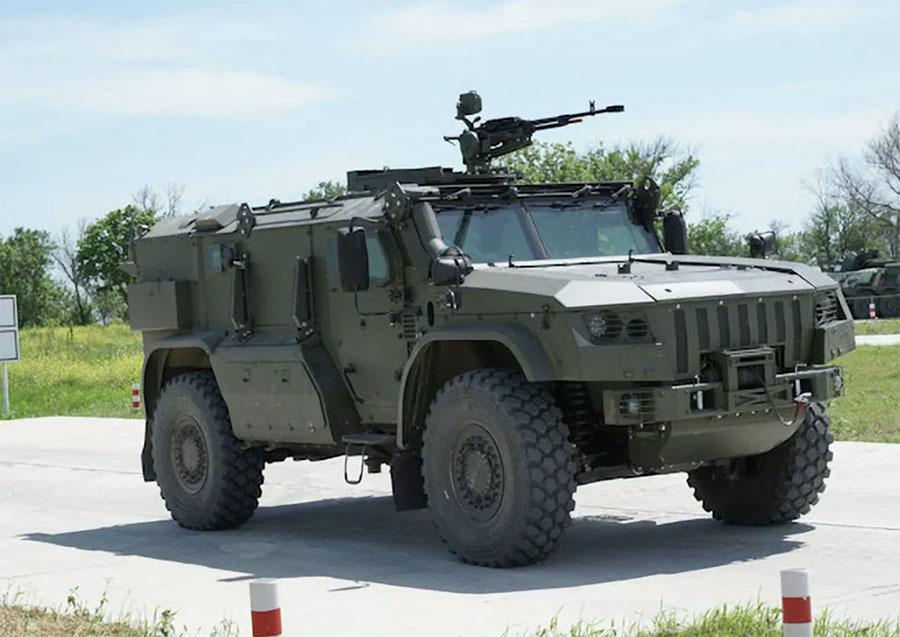 «Полностью отечественная разработка»: каким потенциалом обладает новейший армейский автомобиль «Тайфун-ПВО»2
