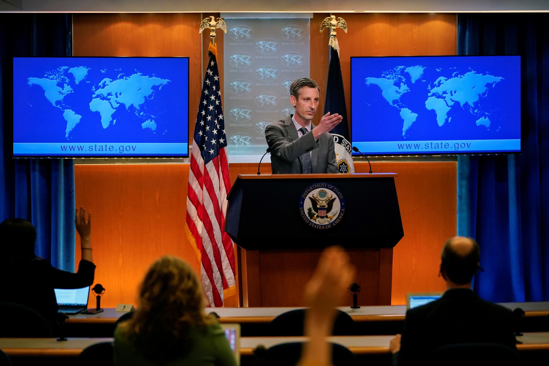 «Военное присутствие у границ России»: Шойгу заявил о провокационной деятельности США и НАТО в акватории Чёрного моря