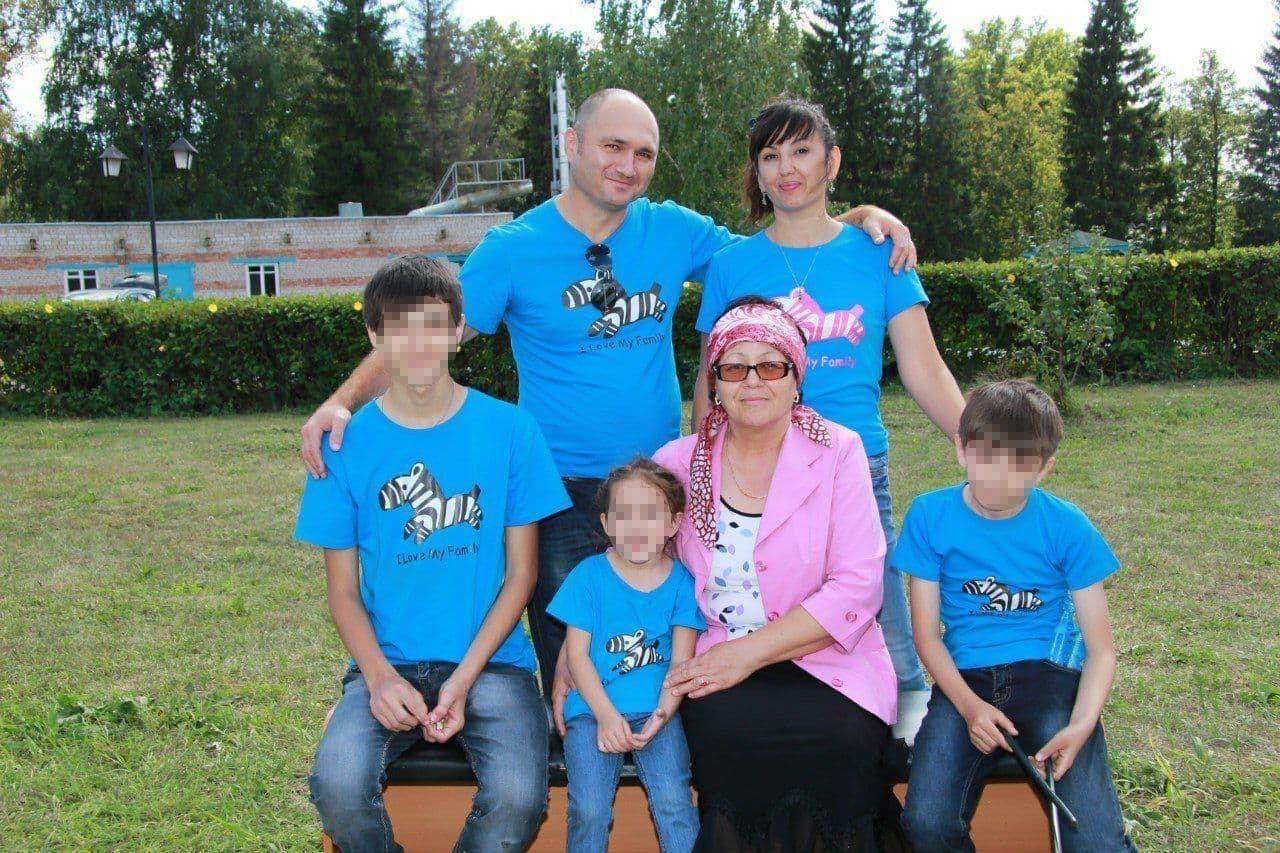 «Нельзя даже пробовать мясо»: как живут люди с фенилкетонурией в России1