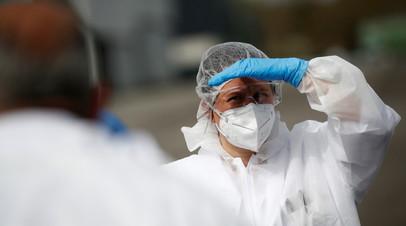 В Роспотребнадзоре не прогнозируют окончания пандемии COVID-19 в 2021 году