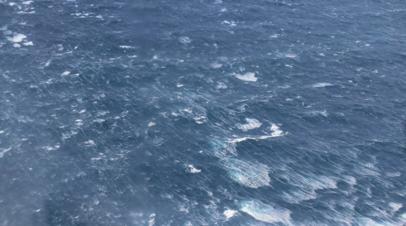 В Охотском море загорелся рыболовецкий траулер