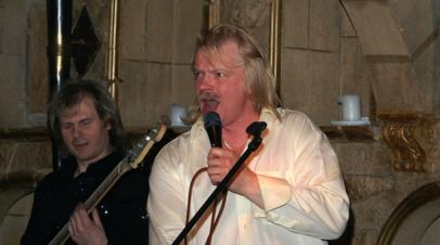 Экс-вокалист группы «Земляне» рассказал, как песня «Трава у дома» стала гимном космонавтов
