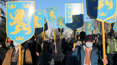 Участники шествия в честь дивизии СС «Галичина» в Киеве, 28 апреля 2021 года