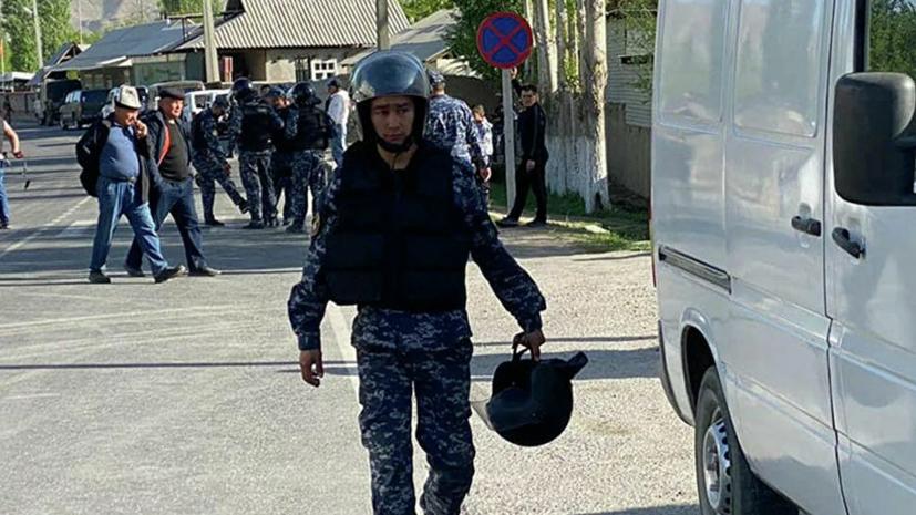 Более 27 тысяч граждан Киргизии эвакуировали на границе с Таджикистаном