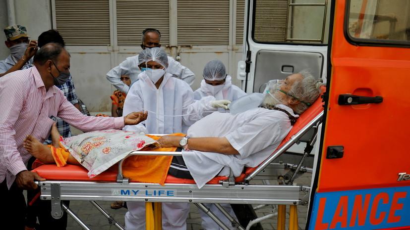 В Индии за сутки выявили более 368 тысяч случаев коронавируса0