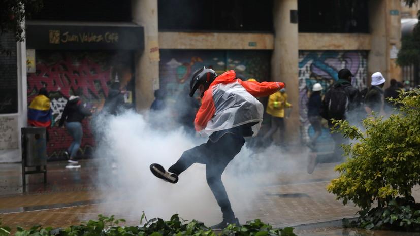 В Колумбии в ходе беспорядков ранены более 840 человек