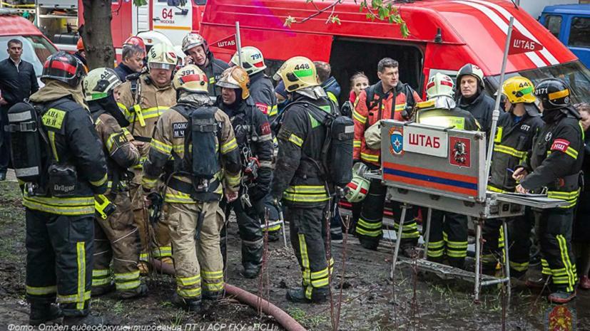 Депздрав заявил о двоих погибших после пожара в гостинице в Москве