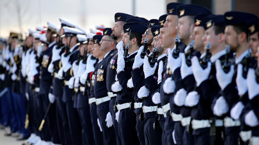 Во Франции военные поддержали предупредивших о «распаде страны» генералов