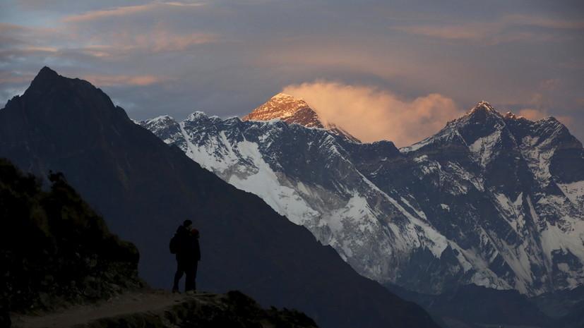 Китай установит «разделительную линию» на Эвересте против COVID-19