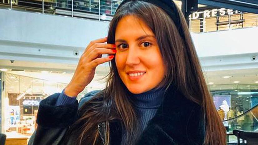 «Она жила детьми»: в Татарстане простились с 26-летней учительницей Эльвирой Игнатьевой, убитой в казанской гимназии