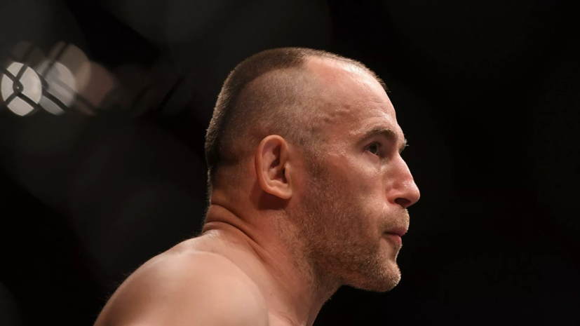 Олейник подерётся со Спиваком на турнире UFC в июне