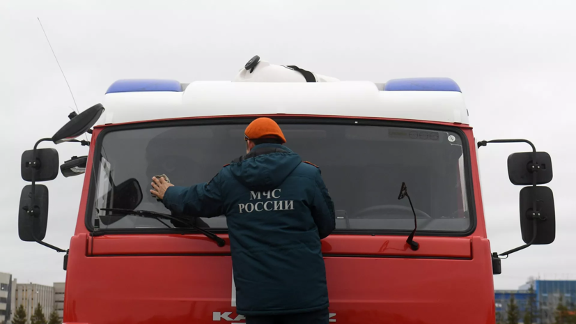 В Рязанской области локализовали пожар на свалке