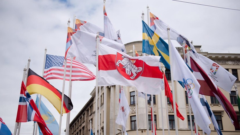 Волчков назвал абсурдом снятие флага федерации хоккея в Риге