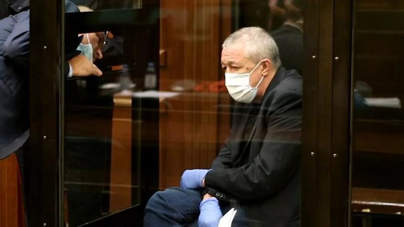 Адвокаты Ефремова просят передать дело на новое рассмотрение