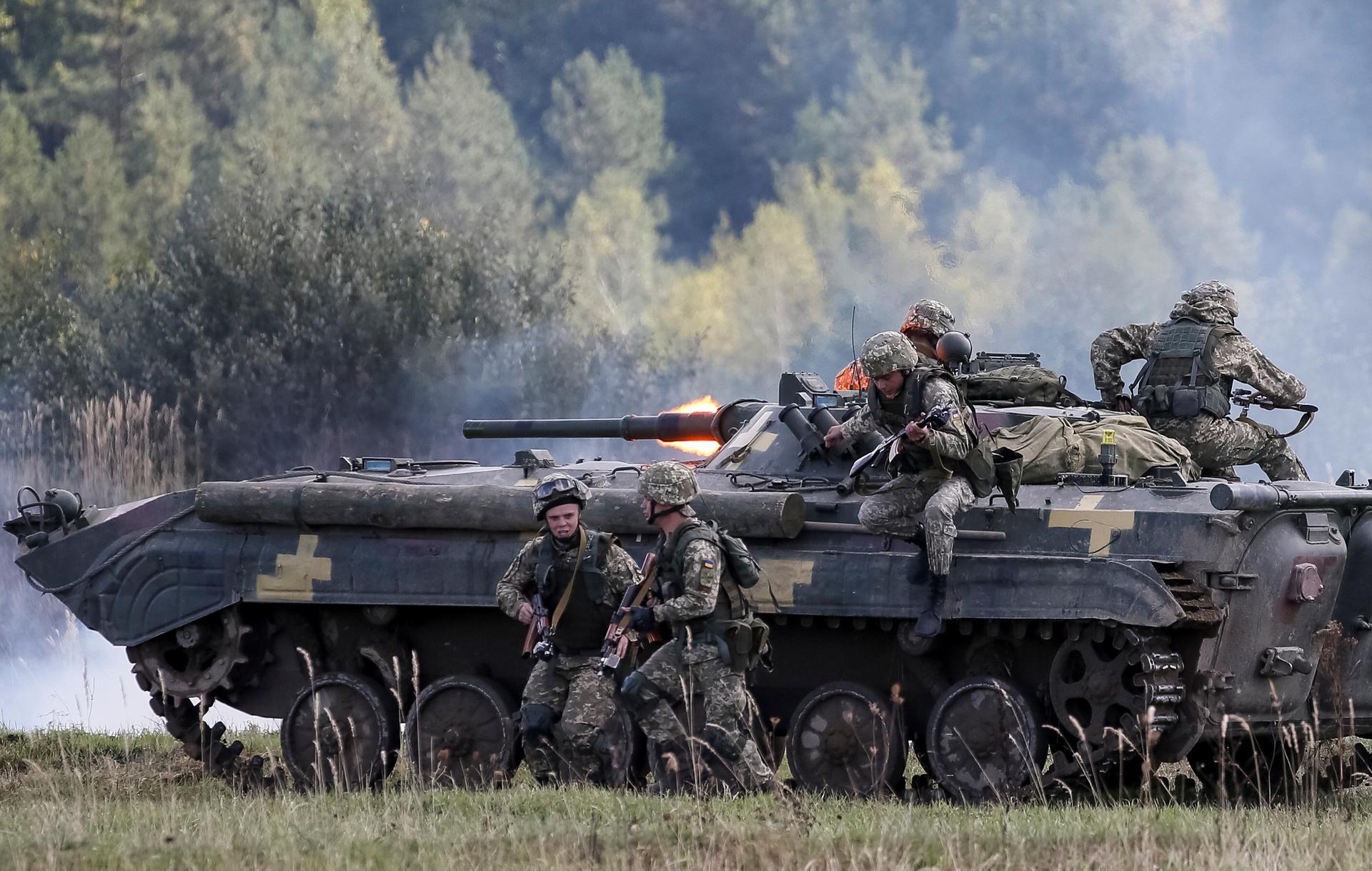 «Покупается лояльность Запада»: как Киев стремится привести ВСУ в соответствие со стандартами НАТО2