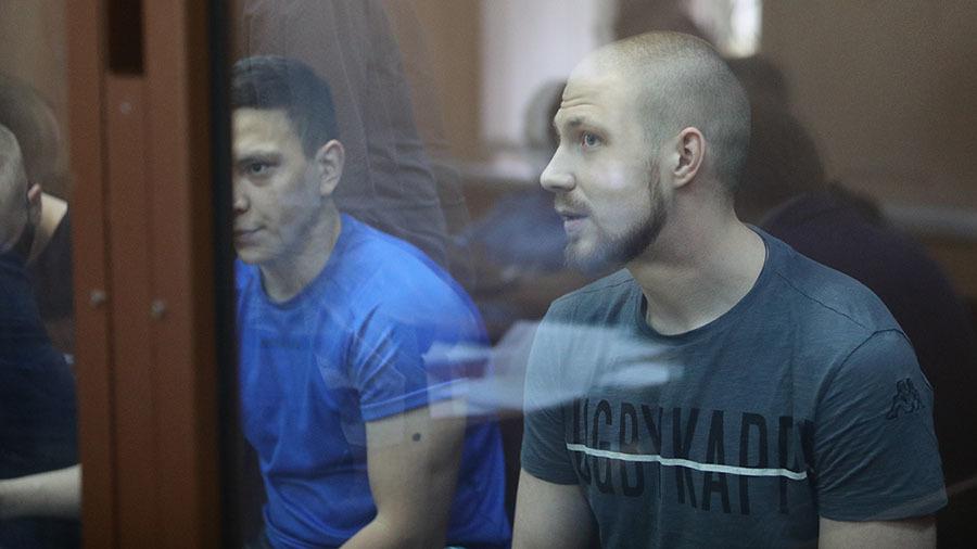 «Я обещал добиться справедливости»: суд вынес приговор бывшим полицейским, сфабриковавшим дело против Голунова1