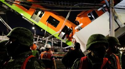 Число жертв в результате обрушения метромоста в Мехико возросло до 15