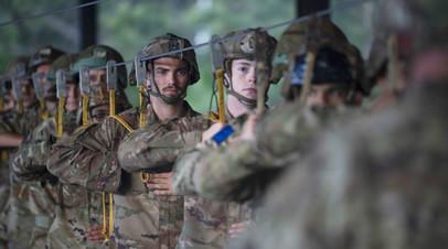 Военные НАТО во время учений  Defender Europe 2021