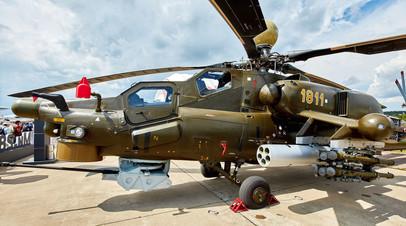 Разведывательно-ударный вертолёт Ми-28НМ с боеприпасами