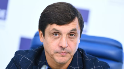 Вице-президент КХЛ назвал глупостью ситуацию с флагами на ЧМ