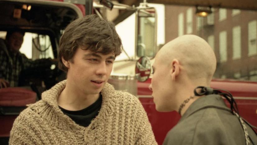 «Решили срезать по прямой и не напрягаться»: российские переводчики об адаптации «Брата» на Netflix
