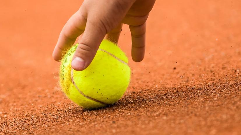 Теннисистка Селехметьева выиграла юниорский «Ролан Гаррос» в парном разряде