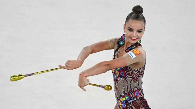 Дина Аверина стала второй в упражнении c булавами на ЧЕ по художественной гимнастике