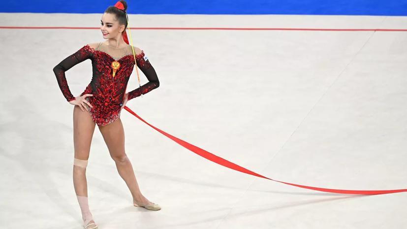 Дина и Арина Аверины завоевали золото и бронзу в упражнении с лентой наЧЕ в Болгарии