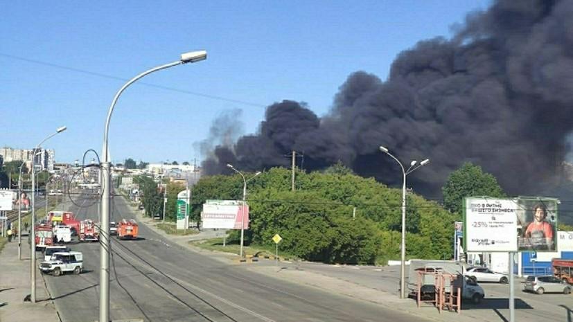 Более 100 окон выбило взрывной волной при пожаре на АЗС в Новосибирске
