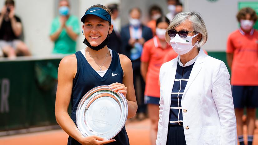 «Нравилась бунтарская манера поведения Сафина»: теннисистка Андреева о кумирах, поддержке семьи и силе Шараповой