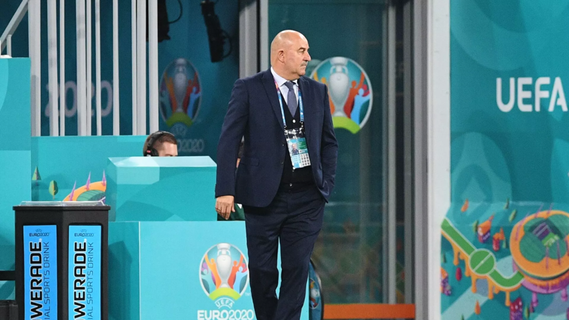 В Кремле воздержались от оценки работы Черчесова во главе сборной России