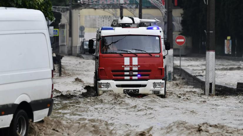 Ростовские спасатели продолжают оказывать помощь Крыму