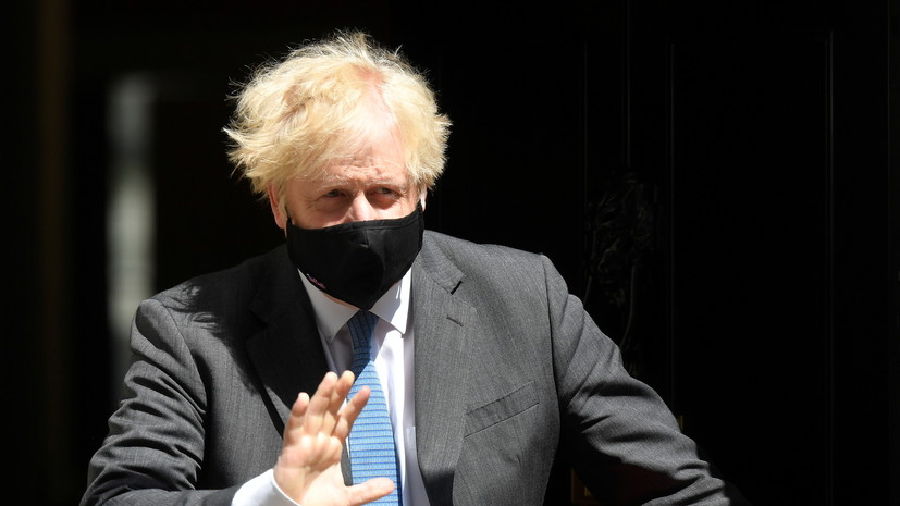 Джонсон высказался о ситуации с британским эсминцем в Чёрном море