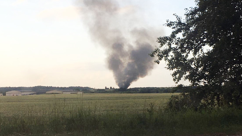 СК завёл дело после падения вертолёта в Ленинградской области