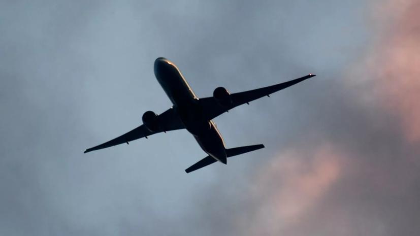 Самолёт вернулся в аэропорт Краснодара из-за сигнала о сбое
